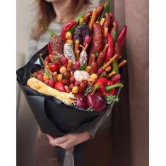 "Edible bouquet ""Sausage Paradise"""