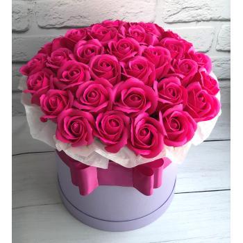 """Коробка з мильних троянд """"Мадлен""""Коробка з мильних троянд """"Мадлен"""""""
